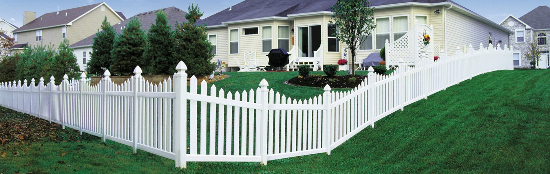 Poly Vinyl Fencing for Grand Rapids and West Michigan installed by