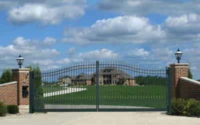 REGIS® 6000 Series Residential Aluminum Fencing